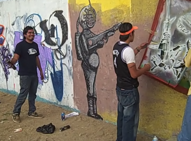 Yescka with ASARO stencil crew in Azompa